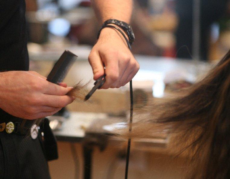 Cutting Hair Extensions   Dry Cutting-Scissors-Razor
